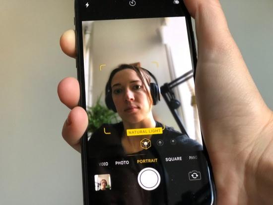 Camera trước iPhone X có thể đáp ứng nhu cầu sống ảo của iFan