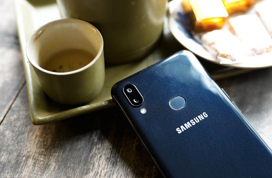 Dấu hiệu cho thấy Samsung A10s bị hư hỏng camera sau