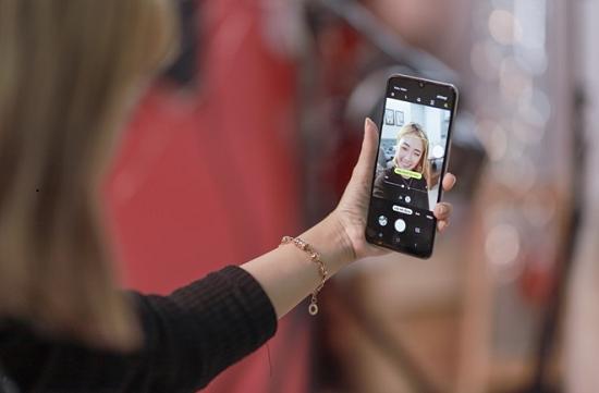 Dấu hiệu cho thấy camera trước Samsung A50s bị hư hỏng
