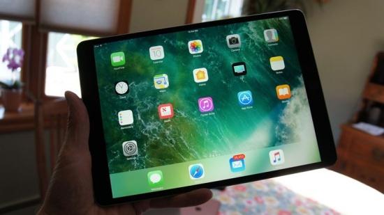 iPad Pro 10.5 sở hữu màn hình vượt trội