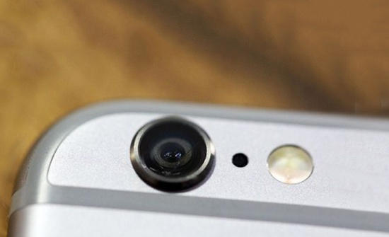 Kính camera iPhone 6s Plus bị nứt