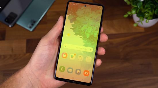 Màn hình Samsung S20 Fe bị ám màu