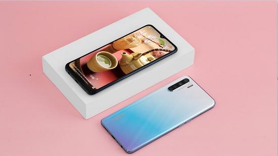 Điện thoại Oppo A91 đang được nhiều người sử dụng