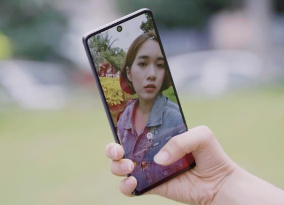 Dấu hiệu bạn cần thay camera trước Samsung Note 10 Lite