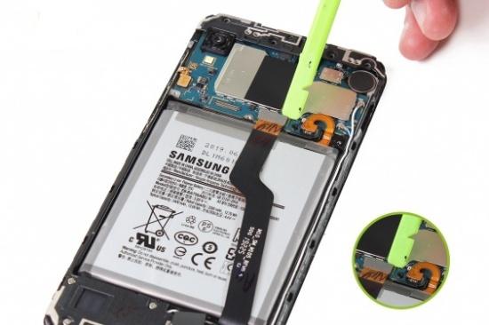 Thay pin Samsung A10
