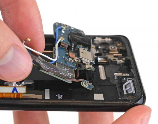 Thay loa ngoài Samsung S8 Plus